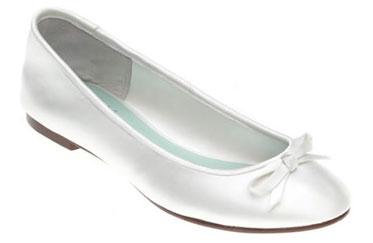 Flat-heel, ballerina-inspired wedding shoes