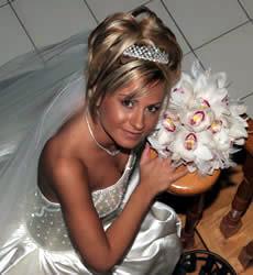 Bridal tiara hairstyle, by John di Bratto, Toronto